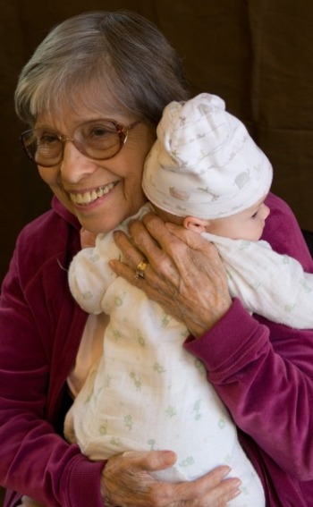 intergenerational-living